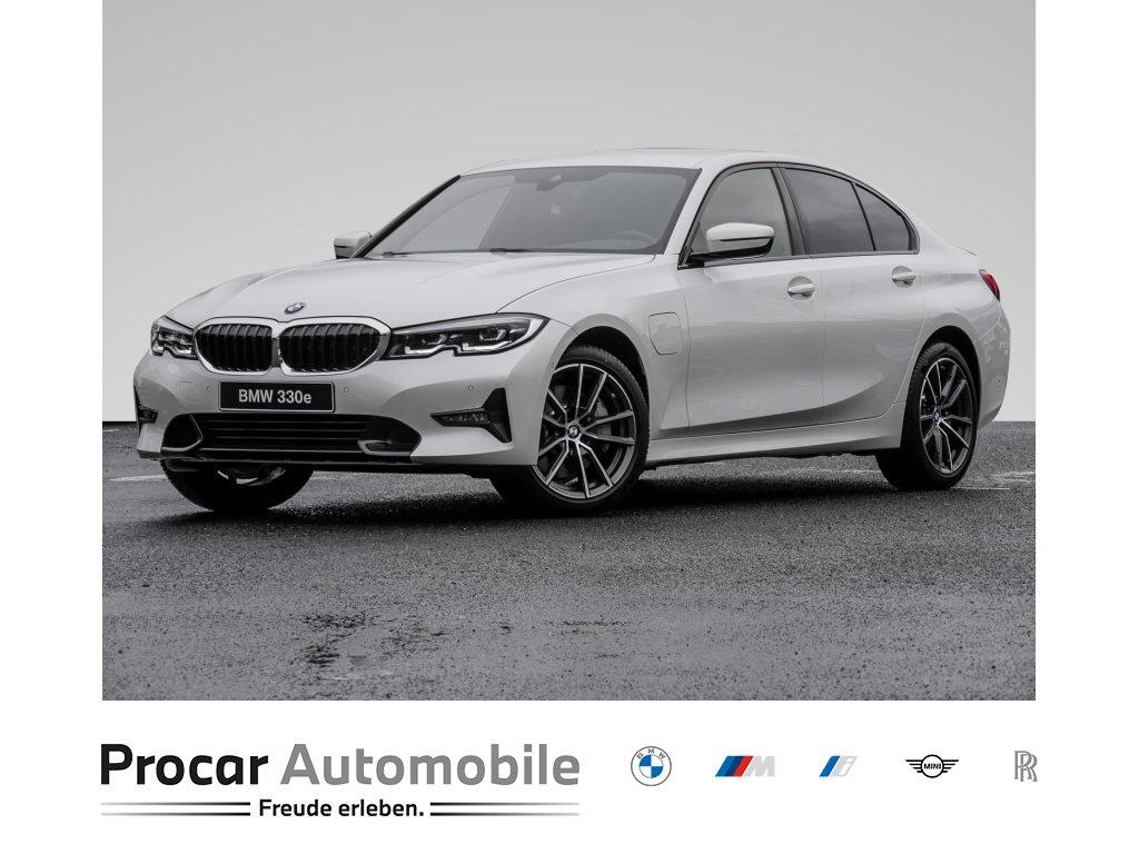BMW 330e HYBRID, LED+BUSINESS PROFESSIONAL+HIFI+18, Jahr 2021, Benzin