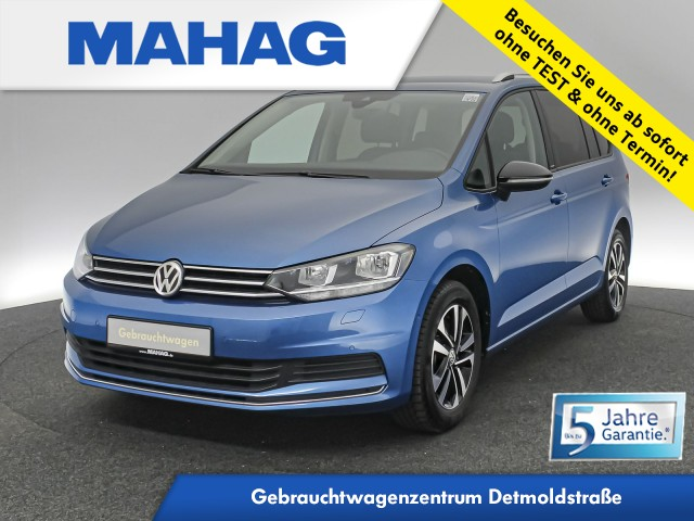 Volkswagen Touran 1.5 TSI IQ.DRIVE 7-Sitzer Navi ParkLenkAssist AppConnect ACC Bluetooth SideAssist LightAssist LaneAssist DSG, Jahr 2020, Benzin