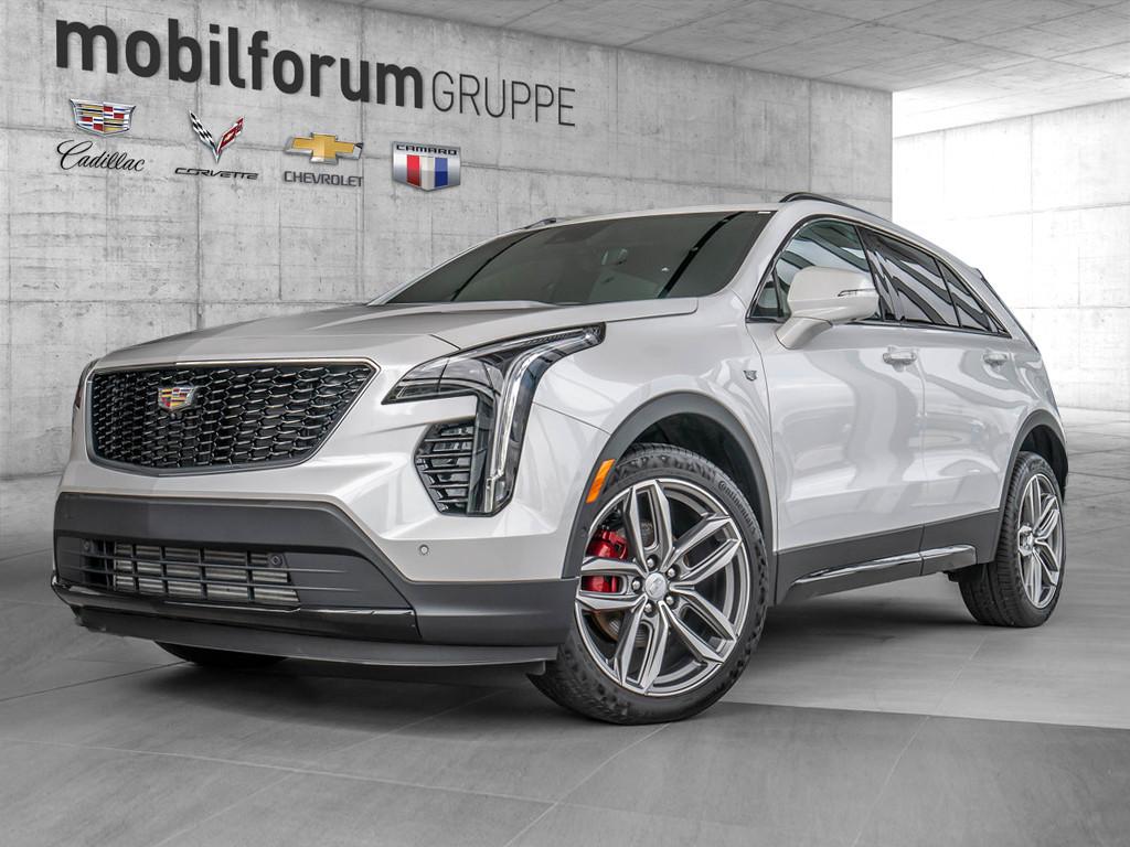 Cadillac XT4 2.0 Turbo AWD, Jahr 2021, Benzin
