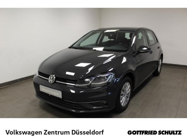 Volkswagen Golf Trendline 1.6 TDI DSG *LED*Navi*SHZ*GRA*PDC*, Jahr 2017, Diesel