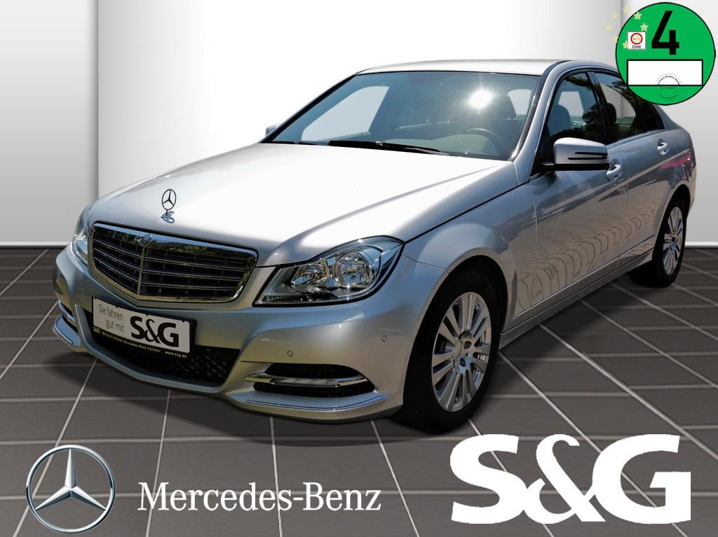 Mercedes-Benz C 180 ELEGANCE Parktronic/Sitzheizung/Klimaauto., Jahr 2012, Benzin