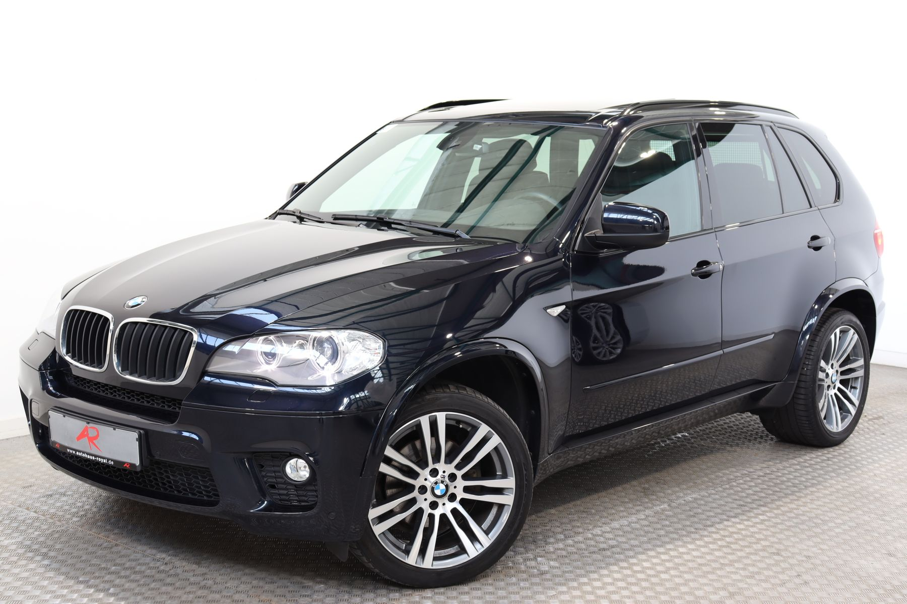 BMW X5 xDrive30d M SPORT SOFT-CLOSE,TOPVIEW,1.HAND, Jahr 2013, Diesel