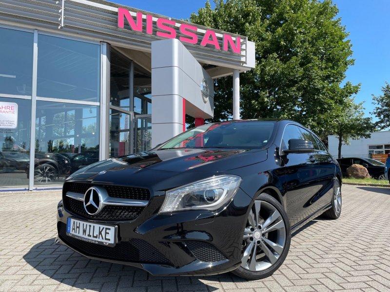 Mercedes-Benz CLA 200 Shooting Brake Urban/Bi-Xenon/Navi/WKR, Jahr 2016, Benzin