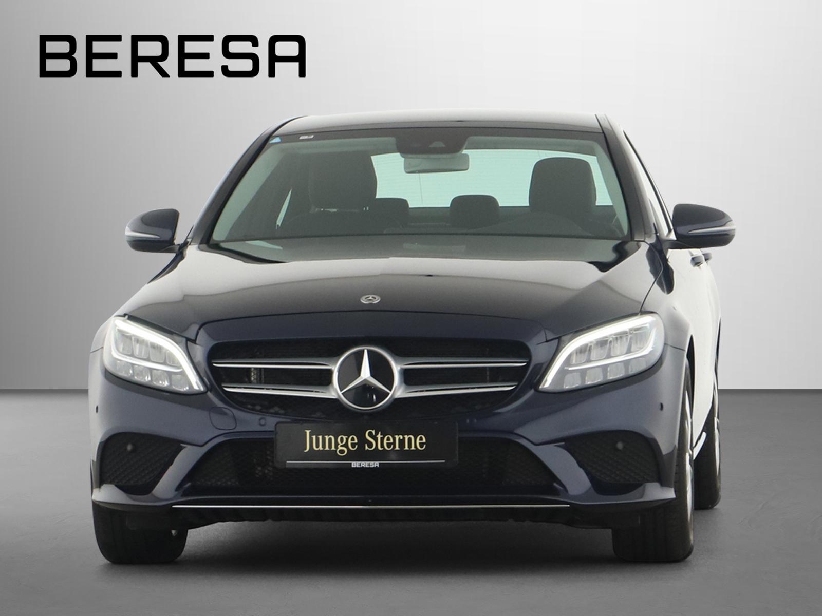 Mercedes-Benz C 200 Avantgarde Comand Spur-P. LED Kamera PDC, Jahr 2020, Benzin