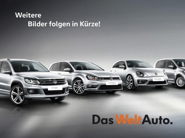 Volkswagen T-Roc United 1.5 TSI ACT EU6d-T LED Navi ACC AHK PDC, Jahr 2020, Benzin