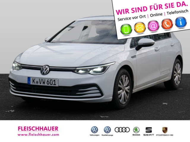 Volkswagen Golf VIII Life NAVI GRA ACC, Jahr 2019, Diesel