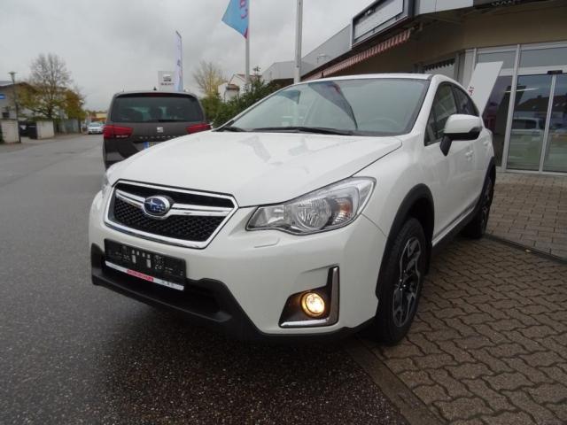 Subaru XV 2.0i Comfort AWD AUTOMATIK XENON KAMERA PDC BT, Jahr 2017, petrol