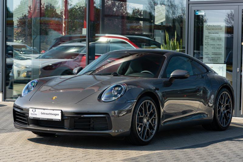 Porsche 911 Carrera 992+Panorama+Chrono+AbGasanlage+Spurwechsel+21 Alu+, Jahr 2021, Benzin