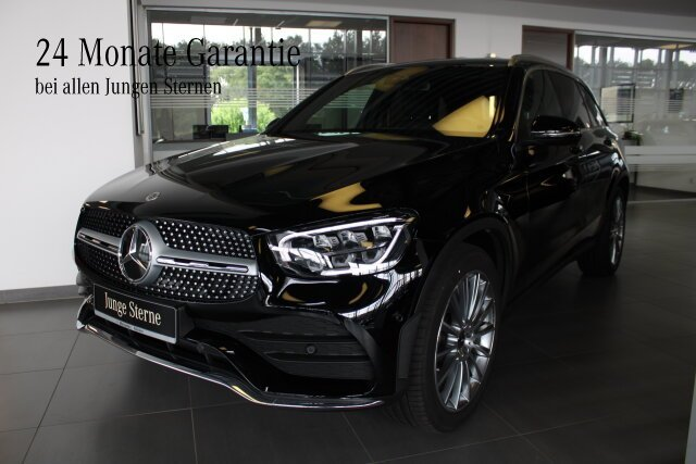 Mercedes-Benz GLC 200 4MATIC AMG Line Exterieur+LED+KeylessGo, Jahr 2021, Benzin