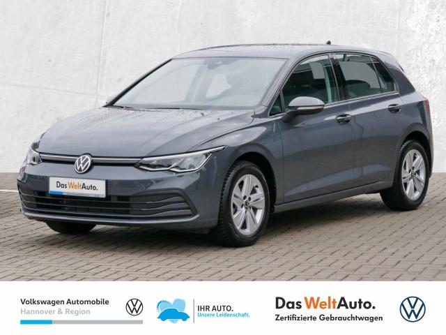 Volkswagen Golf VIII 1.0 TSI Life Navi LED Klima ACC Sitzhzg PDC, Jahr 2020, Benzin