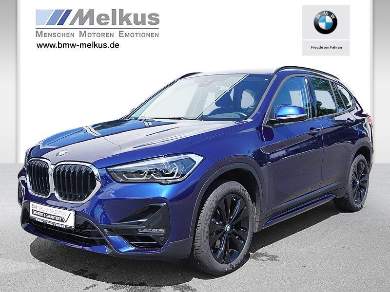 BMW X1 sDrive18i Sport Line LED RFK Navi Tempomat, Jahr 2020, Benzin