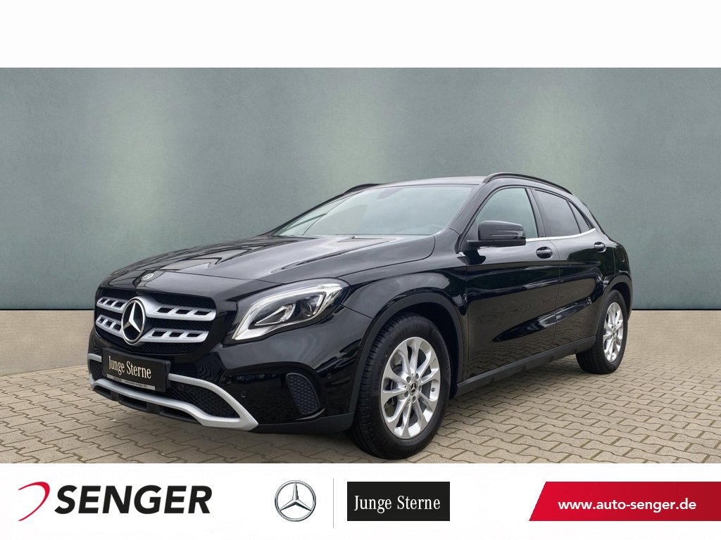 Mercedes-Benz GLA 220 4M Style+LED+360°-Kamera+Navigation, Jahr 2018, Benzin