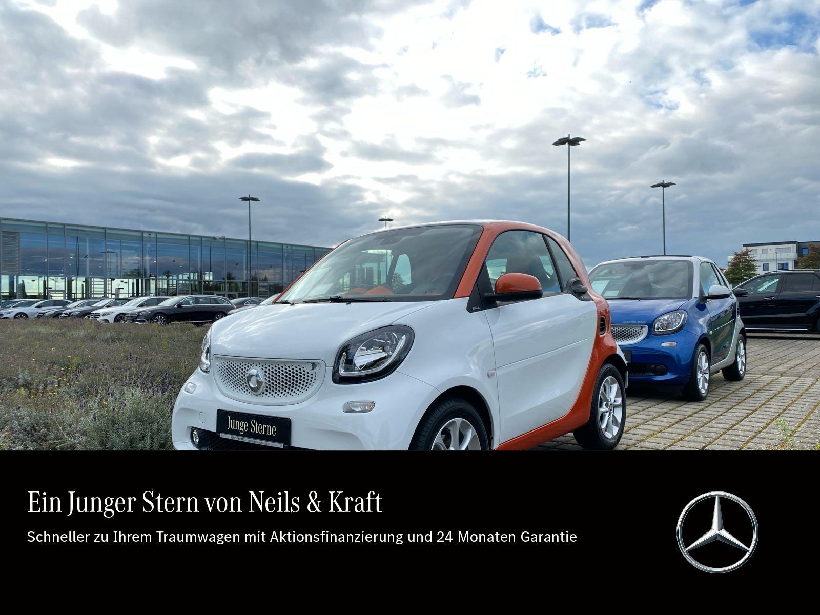 smart smart fortwo coupé 52 kW Pano.+Cool u. Audio, Jahr 2014, Benzin