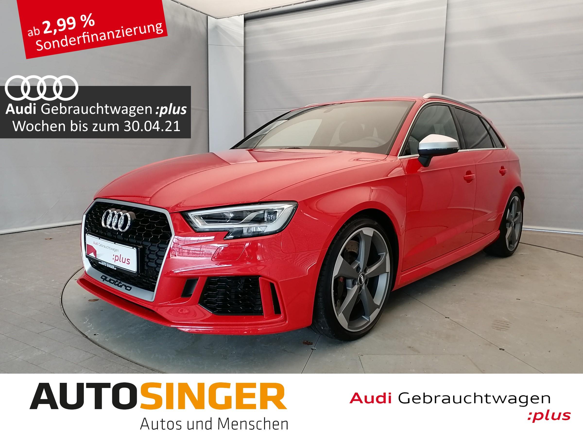 Audi RS3 Sportback qua *LEDER*NAVI*LED*SHZ*PDC*, Jahr 2018, Benzin