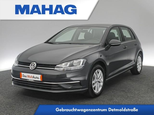 Volkswagen Golf VII 1.5 TSI Comfortline Sitzhz. ParkPilot FrontAssist 16Zoll 6-Gang, Jahr 2020, Benzin