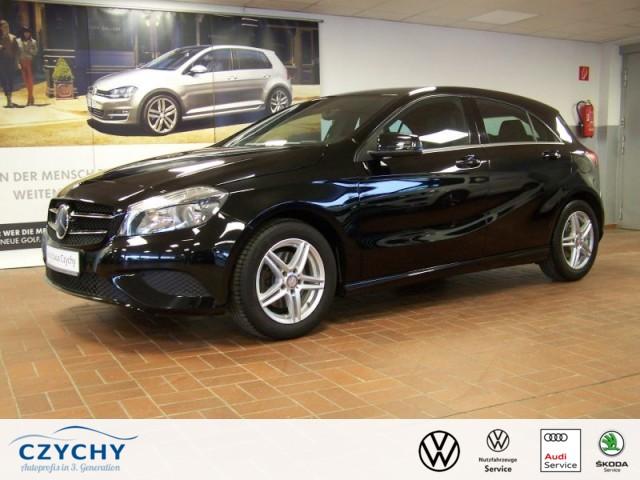 Mercedes-Benz A Klasse A 180 Style BlueEfficiency Klima, Jahr 2014, Benzin