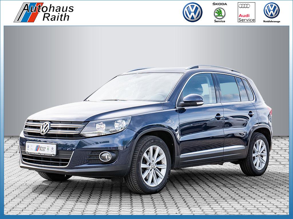 Volkswagen Tiguan 1.4 TSI Sport & Style BlueMotion, Jahr 2015, Benzin