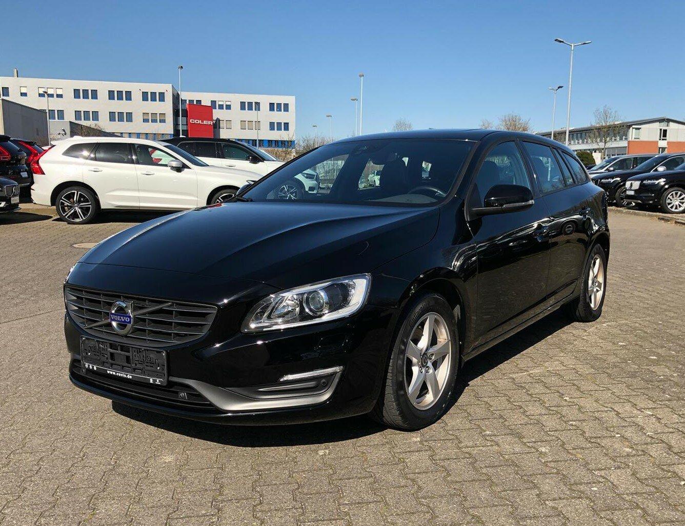 Volvo V60 D3 Business Edition ++XENON+NAVI+TELEFON++, Jahr 2014, Diesel