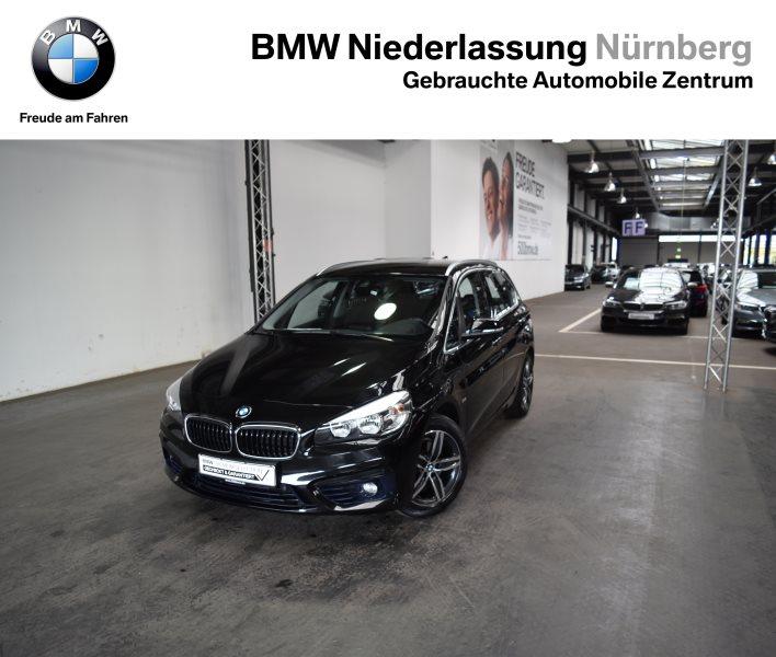 BMW 220i Active Tourer Sport Line EURO6 HiFi Navi Tempomat AHK, Jahr 2016, Benzin