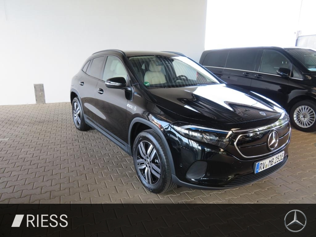 Mercedes-Benz EQA 250 Pano.-Dach+Night+LED+Kamera+PDC, Jahr 2021, Elektro