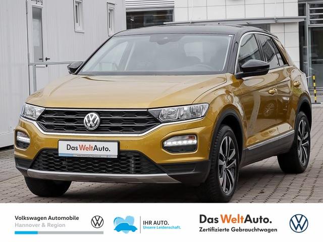 Volkswagen T-Roc 1.5 TSI DSG IQ Drive Navi Parklenkassist ACC BSD, Jahr 2020, Benzin