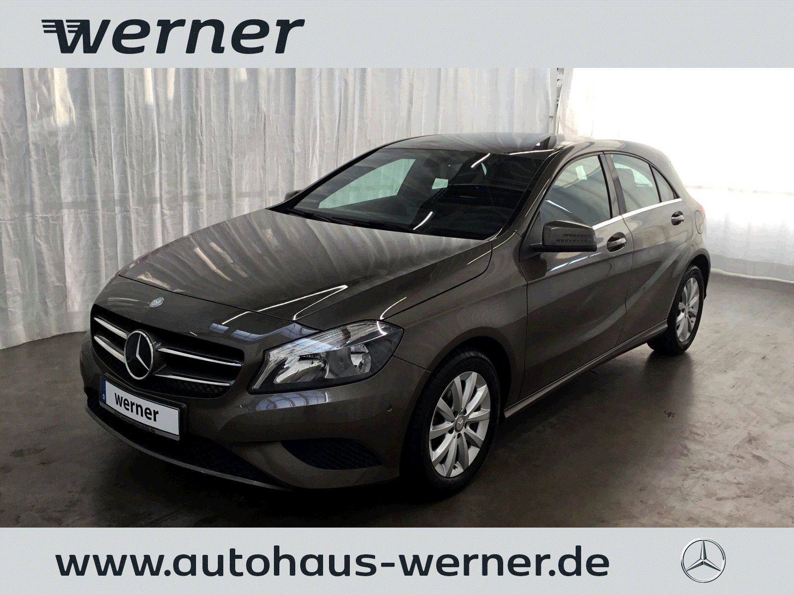 Mercedes-Benz A 180 Style+Klimaautomatik+Park+sehr gepflegt, Jahr 2013, Benzin
