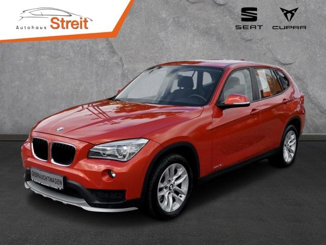 BMW X1 sDrive 18i Automatik PDCv+h LED-hinten RDC Klima SHZ PDC CD AUX USB MP3 ESP MAL Regensensor, Jahr 2015, Benzin