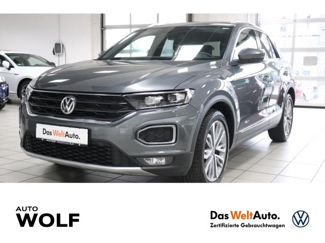 Volkswagen T-Roc Sport 1.5 TSI ACT EU6d-T LED Navi Kurvenlicht ACC Rückfahrkam. Fernlichtass., Jahr 2019, Benzin