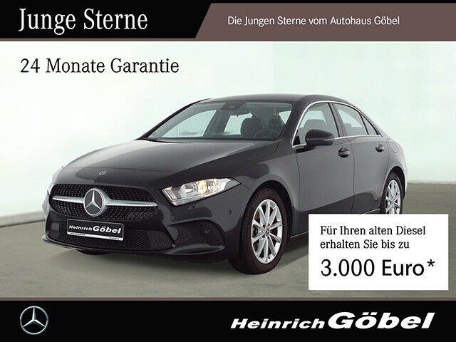 Mercedes-Benz A 180 d Navi Standheizung Spurhalteassistent, Jahr 2020, Diesel