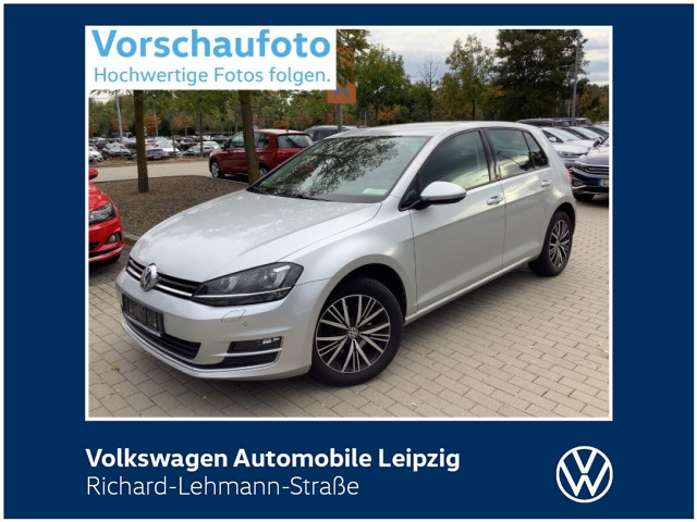 "Volkswagen Golf VII ""Allstar""1.2 TSI *Xenon*AHK*SHZ*, Jahr 2016, petrol"