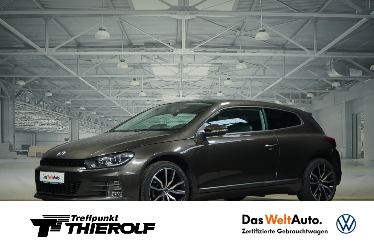 Volkswagen Scirocco 1.4 TSI BMT Facelift Panorama Xenon Navi, Jahr 2014, Benzin