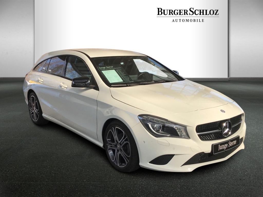 Mercedes-Benz CLA 200 Shooting Brake Urban/Night/AHK/Kamera, Jahr 2015, Benzin