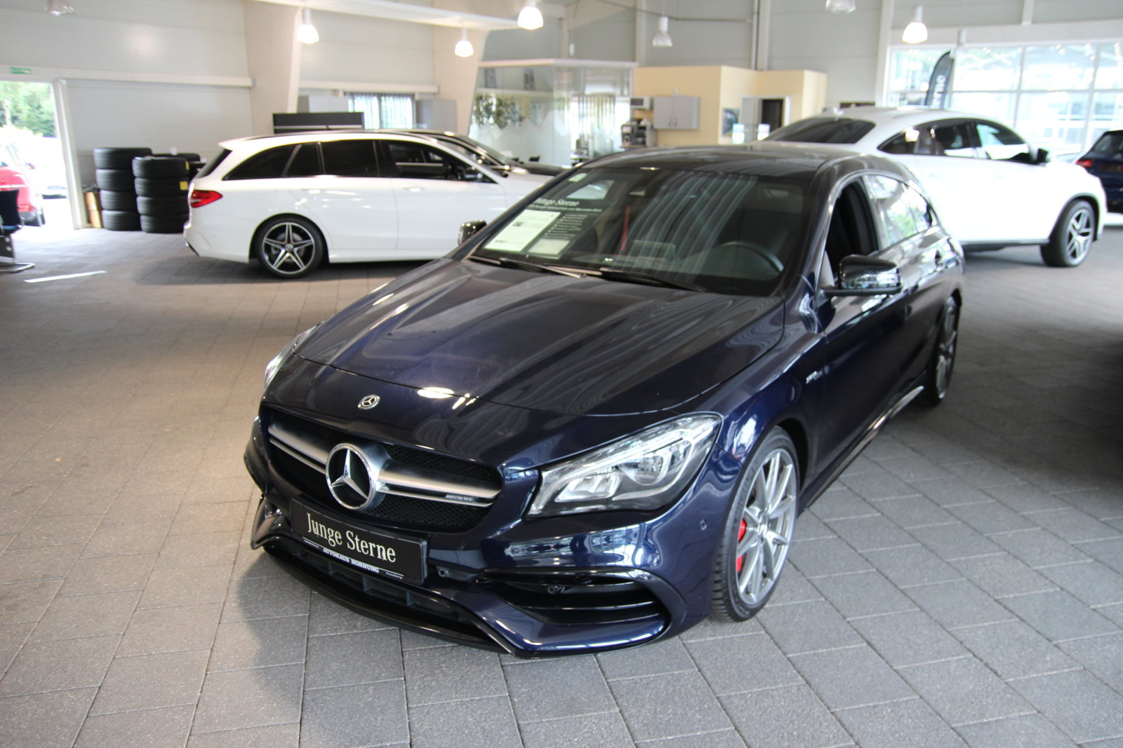 Mercedes-Benz CLA 45 4M SB/Navi/Night/Pano/Sound/LED AMG Line, Jahr 2018, Benzin