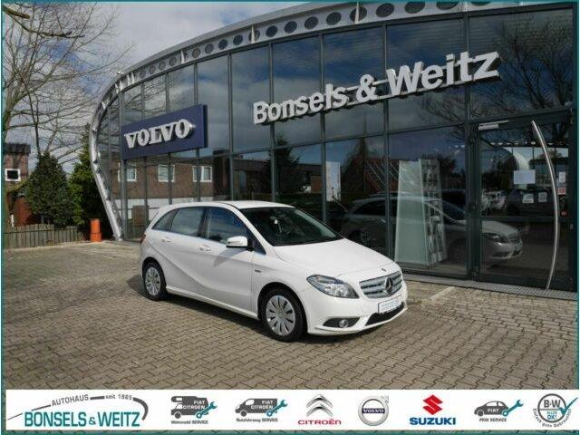 Mercedes-Benz B 180 Klima Bluetooth Sitzheizung Allwetter, Jahr 2012, Benzin