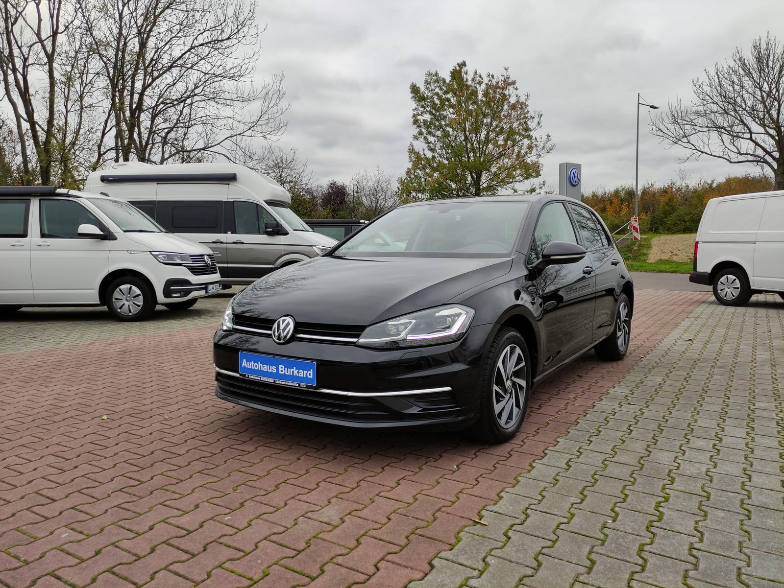 Volkswagen Golf Sound 1.6 TDI+Dynam.Blinker+Navi+PDC+ACC, Jahr 2017, Diesel