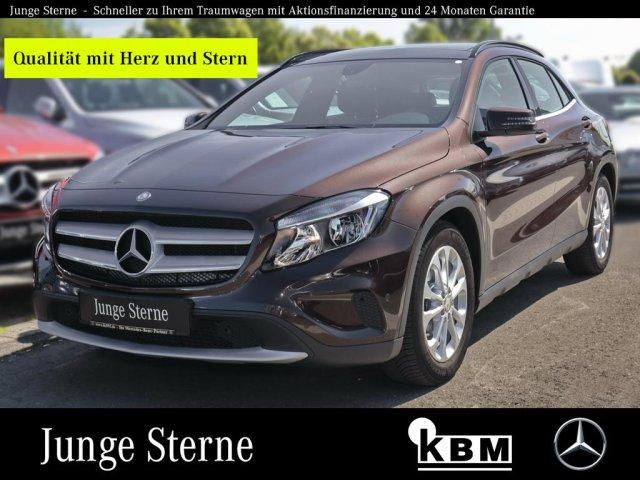 Mercedes-Benz GLA 180 CDI STYLE °PANORAMA°PTS+RFK°SHZ°ISOFIX°, Jahr 2015, Diesel