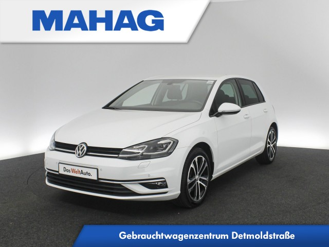 Volkswagen Golf VII HIGHLINE 1.5 TSI Navi LED DAB+ Bluetooth 17oll DSG, Jahr 2018, Benzin