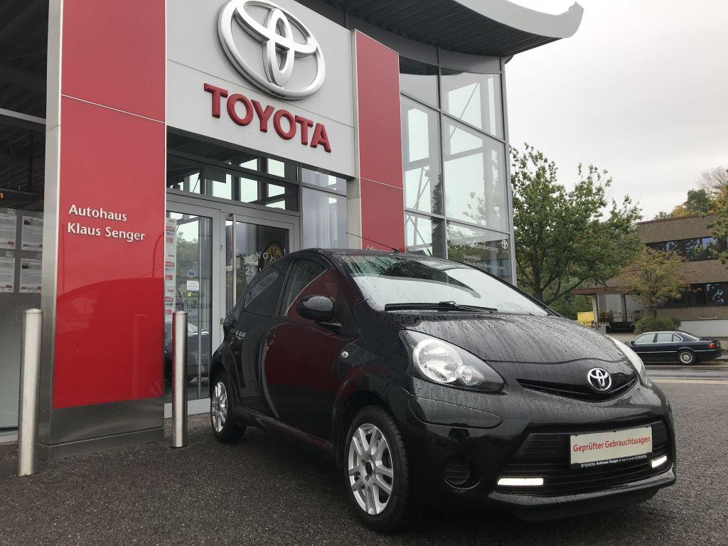 Toyota Aygo Cool mit Klima, Jahr 2012, Benzin