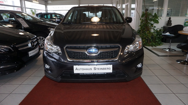 Subaru XV AUTOMATIK+AHK+RÜCKFAHRKAMERA+ALU+SHZ+ALLRAD E, Jahr 2014, Benzin