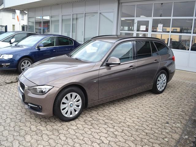 BMW 318 318d Touring Leder Automatik Navi, Jahr 2015, Benzin