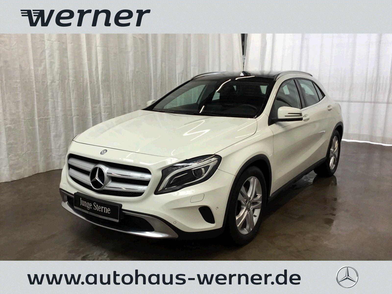"""Mercedes-Benz GLA 200 Urban 7G-DCT+Pano+Bi-Xenon+AHK+Park+18""""+, Jahr 2015, petrol"""