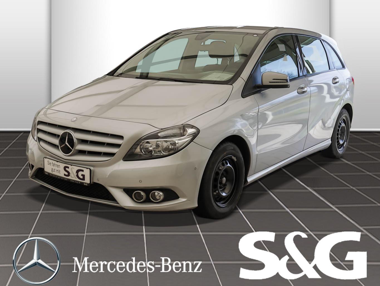 Mercedes-Benz B 180 Navi/Sitzheizung/Parklenkassist, Jahr 2014, Benzin