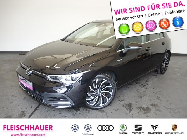 Volkswagen Golf 8 Style 1.5 TSI OPF PANO NAVI, Jahr 2020, Benzin