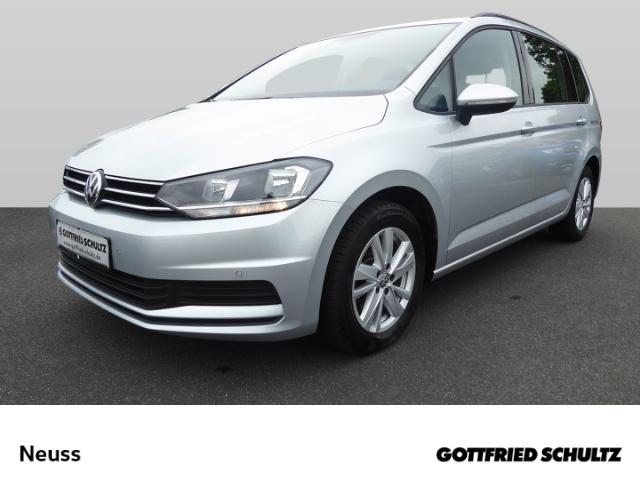 Volkswagen Touran 1.5 TSI NAVI PDCvo.&hi. SHZ 7SITZER ACC 3KLIMA Comfortline, Jahr 2020, Benzin