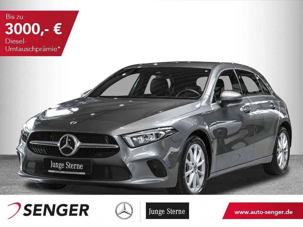 Mercedes-Benz A 180 Progressive 7G-DCT Display digital LED PTS, Jahr 2019, Benzin