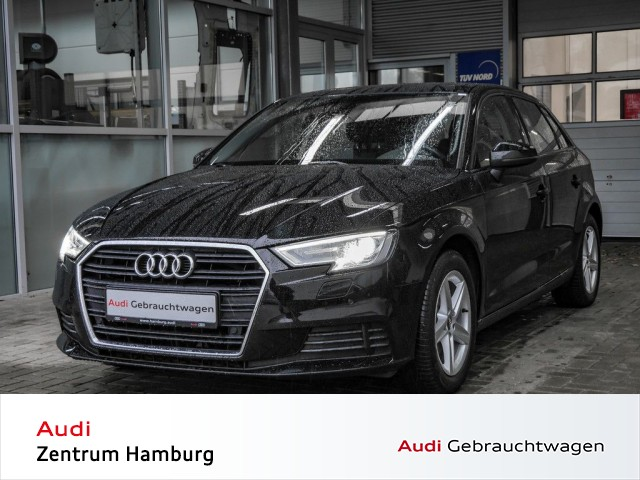Audi A3 Sportback 1,5 TFSI 6-Gang NAVI PANO AHK, Jahr 2017, Benzin