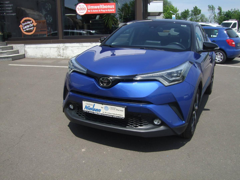 Toyota C-HR 1.2 Turbo Geländewagen SUV/Style Selection, Jahr 2018, Benzin