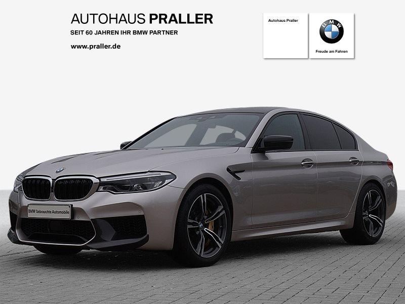 BMW M5 Limousine Individual Vollleder Carbonpaket TV M-Sitze, Jahr 2018, Benzin