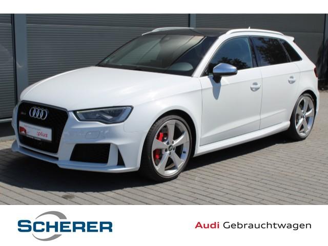 Audi RS3 Sportback 2.5 TFSI NAVIB&O/PANO/280KM/H, Jahr 2016, Benzin