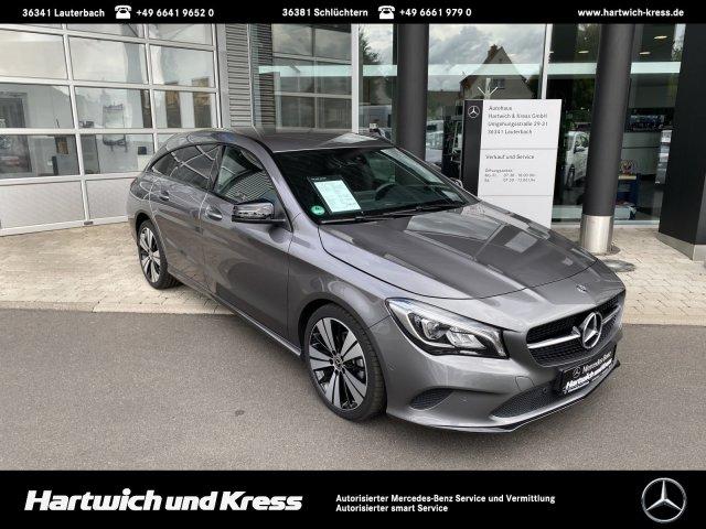 Mercedes-Benz CLA 180 Shooting Brake Urban NAVI°LED°AHK°NIGHT°, Jahr 2018, Benzin